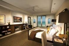 Designer Sharron Lewis featured Madagascar Raffia 4408 Ivory in Villa 3 at the Bath Club, Miami Beach, Florida.