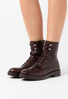 Jonak ATALANTE - Schnürstiefelette - marron - Zalando.at Combat Boots, Shoes, Fashion, Conkers, Dark Brown, Get Tan, Moda, Zapatos, Shoes Outlet