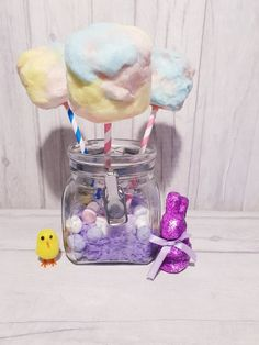 Our cotton tail marshmallow pops are inspired by eater bunny tails. They make great birthday favours, Displayed in a jar they make a great table centrepiece. Sweet Cart Hire, Sweet Carts, Birthday Favors, Party Favors, Birthday Parties, Candy Cart, Bunny Tail, Marshmallow Pops, Easter Treats