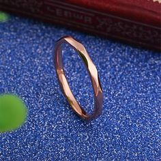 Amazon.com: Womens 2mm Wave Prismatic Pattern Rose Gold Ring Engagement Wedding Lady Finger Thin Stainless Steel Band Size 6: Jewelry
