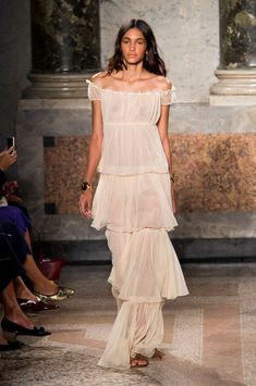 The Most Gorgeous Gowns From Milan Fashion Week Spring 2016, Blugirl