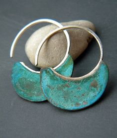 Little Urban Hoops Verdigris handmade copper and by alibli. I like these. Unfortunately, I don't think they'd look good on me.