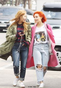 Wheein and Hwasa - MAMAMOO