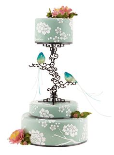 Cakes : Brides chinoiserie green wedding cake peony flower stencils on icing and elaborate scrollwork stand for top tier