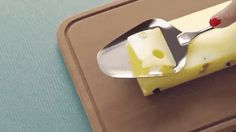 This cheese! So! Nice! | 12 Extremely Satisfying GIFs Of Things Being Cut By…