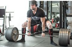 Proper Way to Deadlift - Don't be the one who butchers the deadlift while everyone else in the gym watches in horror. Pull more weight using better form with record-setting powerlifter and natural bodybuilder Layne Norton!