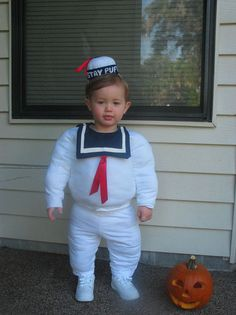 DIY halloween costumes kids...I should have done this with Cole for his first halloween...it would have been so cute as fat as he was