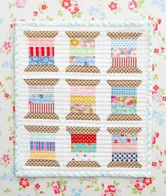 MessyJesse Mini quilt. Would like to do this for my sewing room. Wish there was a pattern or directions.