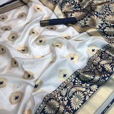 Pure katan Silk saree white n blue saree sari indian saree saree for women saree blouse soft silk saree saree sari Khadi Saree, Kanjivaram Sarees, Sari, Saree Blouse, Indian Blouse, Indian Sarees, Saree Wedding, Wedding Wear, Wedding Girl