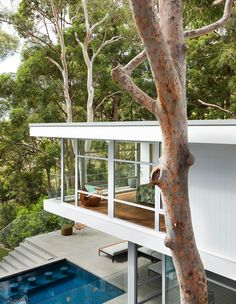 The top ten most popular mid-century modern Australian houses, as featured on The Design Files this year. Australian Architecture, Modern Architecture House, Australian Homes, Modern House Design, Interior Architecture, Sustainable Architecture, Residential Architecture, Haus Am See, The Design Files
