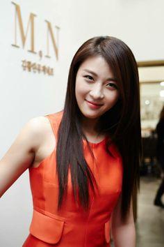 Ha Ji Won Photo Collections ..