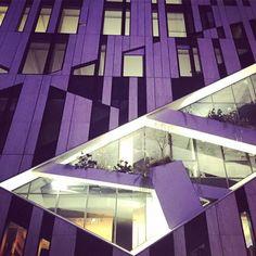 Night version. #architecture #dusseldorf #geometric