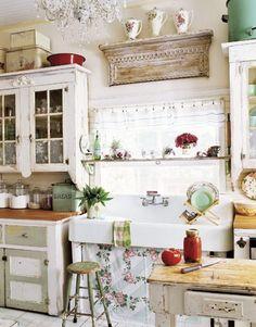 shabby kitchen, farmhouse shabby chic style