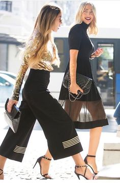 Chic street style, turtleneck dress, culottes, strapy-sandals. Black, gold and purple lips. Co