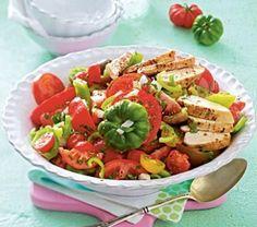 Das Rezept für Feuriger Tomatensalat mit Hähnchenfilet und weitere kostenlose Rezepte auf LECKER.de