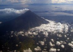 10 Photos from Above: The Philippines Archipelago, Southeast Asia, Mount Rainier, Philippines, Tropical, Earth, Island, Mountains, Nice