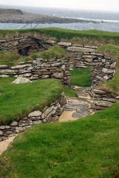 Skara Brae, Neolithic village, Orkney Interesting Photos, Cool Photos, Orkney Islands, Uk Trip, Irish Sea, Outer Hebrides, North Sea, Archaeological Site, Atlantic Ocean