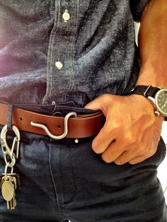 I seriously love that belt...  #menswear #style #belt