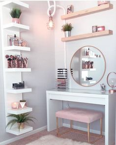 Perfte on Gorgeous pink and rose gold vanity inspiration for your Perfete home via ddelasoul. Cute Room Decor, Teen Room Decor, Room Ideas Bedroom, Room Decor Bedroom Rose Gold, Rose Gold Rooms, Target Room Decor, Rose Gold Interior, Pastel Interior, Gold Home Decor