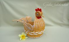 Newspaper Crafts, Wicker, Rooster, Weaving, Photo Wall, Animals, Baskets, Boxes, Rope Basket