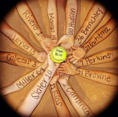 Ideas For Sport Basketball Photography Volleyball Team Softball Coach Gifts, Softball Party, Softball Crafts, Girls Softball, Softball Players, Softball Stuff, Softball Things, Softball Cheers, Softball Drills