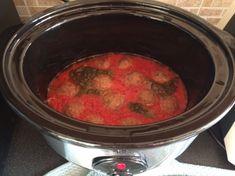 Polpette http://www.blogfamily.it/23080_polpette-cucinate-cooker-cooker/ucinate con la slow cooker Continuano le mie ricette con la slow cooker e credo proprio che continueranno ancora …