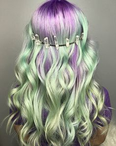 Pin do(a) maria joao abrantes em hair dye ideas цветные волосы, цвет волос Blue Mermaid Hair, Pulp Riot Hair, Dyed Hair Pastel, Before And After Weightloss, Guy Tang, Pinterest Hair, Coloured Hair, Cool Hair Color, Dyed Hair