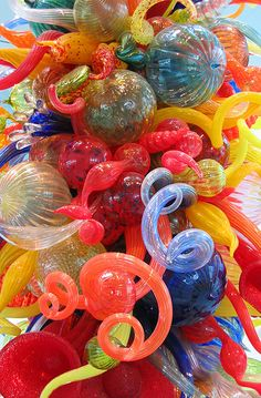 Dale Chihuly - Glass Sculpture at The Milwaukee Art Museum