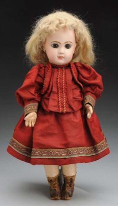 Lot 1: Dramatic Jumeau Bébé Doll. Selling Antiques, Madame Alexander, French Fashion, Harajuku, Auction, Victorian, Dolls, Friends, Gallery