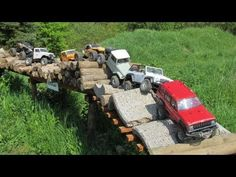 Getting Started with Radio Controlled Hobbies – Radio Control Outdoor Car Track For Kids, Car Tracks For Kids, Remote Control Boat, Rc Remote, Rc Car Track, Rc Cars Diy, Rc Cars And Trucks, Rc Rock Crawler, Rc Autos