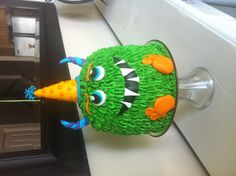 Monster birthday party cake...@teryi youngblood is going to do an amazing job on this cake!