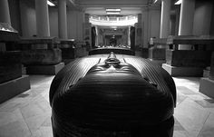 Cairo Museum, Egypt Places To Travel, Places To Go, Cairo Museum, Sinai Peninsula, Egypt Mummy, Black And White Google, Cradle Of Civilization, Modern Country, Egyptian