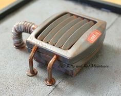 Kitty and Kat Miniatures: 1:12 Air Conditioner From A Night Light - Tutorial