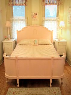 Inspirational bedrooms on pinterest vintage bedrooms for Spring hill designs bedroom furniture