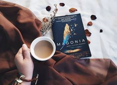 "100 aprecieri, 6 comentarii - Culture Trip Books (@culturetripbooks) pe Instagram: """"I like the sky. It's rational to me in a way that life isn't."" Magonia - Maria Dahvana Headley…"""