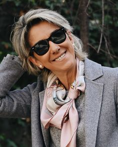 Fashion Trends for Women Over 50 - Fashion Trends Over 60 Fashion, Over 50 Womens Fashion, Fashion Over 50, Stylish Clothes For Women, Trendy Outfits, Fashion Outfits, Fashion Trends, Preppy Mode, Preppy Style