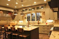 Vesta Home Show 2012, La Montagne by Dave Moore, Large Gourmet Kitchen