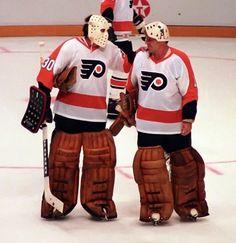 Wayne Stephenson and Bernie Parent Flyers Hockey, Hockey Goalie, Hockey Games, Hockey Players, Ice Hockey, Bernie Parent, Phillies Baseball, Philadelphia Sports, Goalie Mask