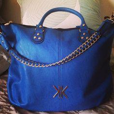 ᏟᎪᏒᏒᎽ ᎷᎥᎥᎥ ② Hey Gorgeous, Kardashian Kollection, Grab Bags, Purse Wallet, Travel Bags, Purses And Handbags, Tote Bag, Female Fashion, Hand Bags