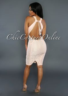 Chic Couture Online - Quinn Peach Lace Key-Hole Back Dress, (http://www.chiccoutureonline.com/quinn-peach-lace-key-hole-back-dress/)