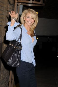 Christie Brinkley look amazing...and I want her hair!