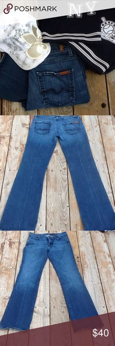"""LIKE NEW SIZE 30 DESIGNER 7 FOR ALL MANKIND JEANS These stretch  jeans designed by """"7 FOR ALL MANKIND"""" are 98% cotton 2% Elastine.  The inseam is 32 inches. Outer seam is 42 inches. Rise is 8 inches. FAST SHIPPER. 7 For All Mankind Jeans Boot Cut"""