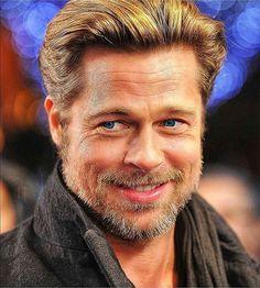 Brad Pitt And Jennifer, Brad Pitt And Angelina Jolie, Beautiful Men, Beautiful People, Thelma Louise, Actrices Hollywood, Denzel Washington, Hollywood Actor, Good Looking Men