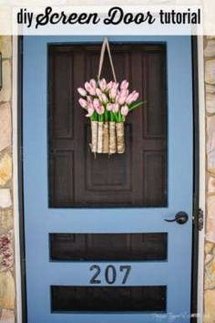 Build your own DIY screen door with this amazing tutorial by Designer Trapped in a Lawyers Body! Its prettier, sturdier and cheaper than what you can find in stores! - Diy Home Crafts Vintage Screen Doors, Diy Screen Door, Sliding Screen Doors, Screen House, Up House, Screen Design, Reno, Do It Yourself Home, Diy Home Improvement
