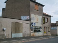 Poitiers-Les Maisons Blanches (79)