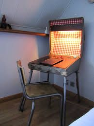 SALES / UNIQUE PIECE Vintage suitcase repurposed as a lighting desk (adjustable height) Inside: red gingham oilcloth, wood and inkwell. by MrsHydes on Etsy Vintage Suitcases, Vintage Luggage, Homemade Furniture, Diy Furniture, Furniture Design, Suitcase Table, Table Vintage, Adjustable Height Desk, Desk Light