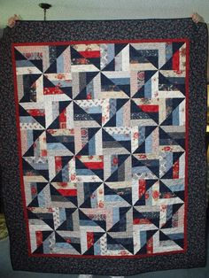 ... Janet's Quilt Barn: I LOVE this pattern. Cant exactly figure it out yet: obviously one string block cut into 4s and rearranged. . . but color planning eludingme right now but it is 1 am lol