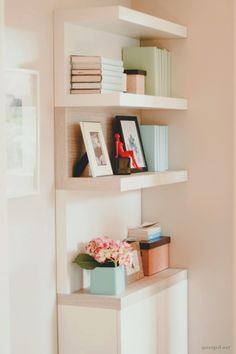 relaxing ambiance :) Home Board, Storage Organization, Closets, Shelving, Nest, Bookcase, Bedrooms, Sweet Home, Relax