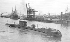 Another nice submarine picture by the very talented Alan C. Green, showing the ship January The picture source is courtesy of the Victoria State Librar, Australia. Submarine Pictures, Royal Navy Submarine, Naval History, Seafarer, Navy Ships, Water Crafts, Battleship, Warfare, Underwater