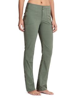 I am a hiker -- these look great --- Trekkie Pant - We set out on a wear-testing quest to create the ultimate day-hiker with more room to move and pockets aplenty for stashing trail essentials (mission accomplished). Casual Pants, Khaki Pants, Casual Outfits, Fashion Outfits, Polished Look, To My Daughter, Pants For Women, My Style, How To Wear